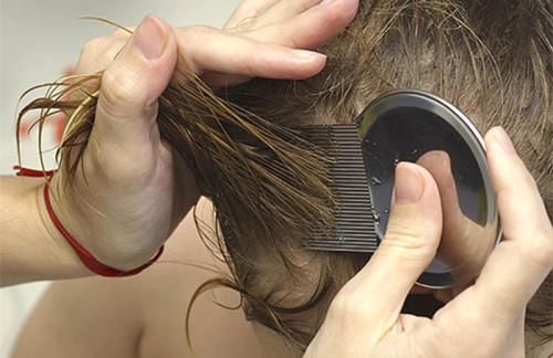 Запах керосина с волос убрать