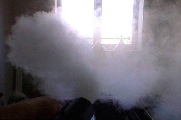применение дымовой шашки